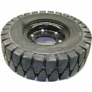 Picture of Forklift Rim and Solid Tyre 600 x 9 for TCM forklift